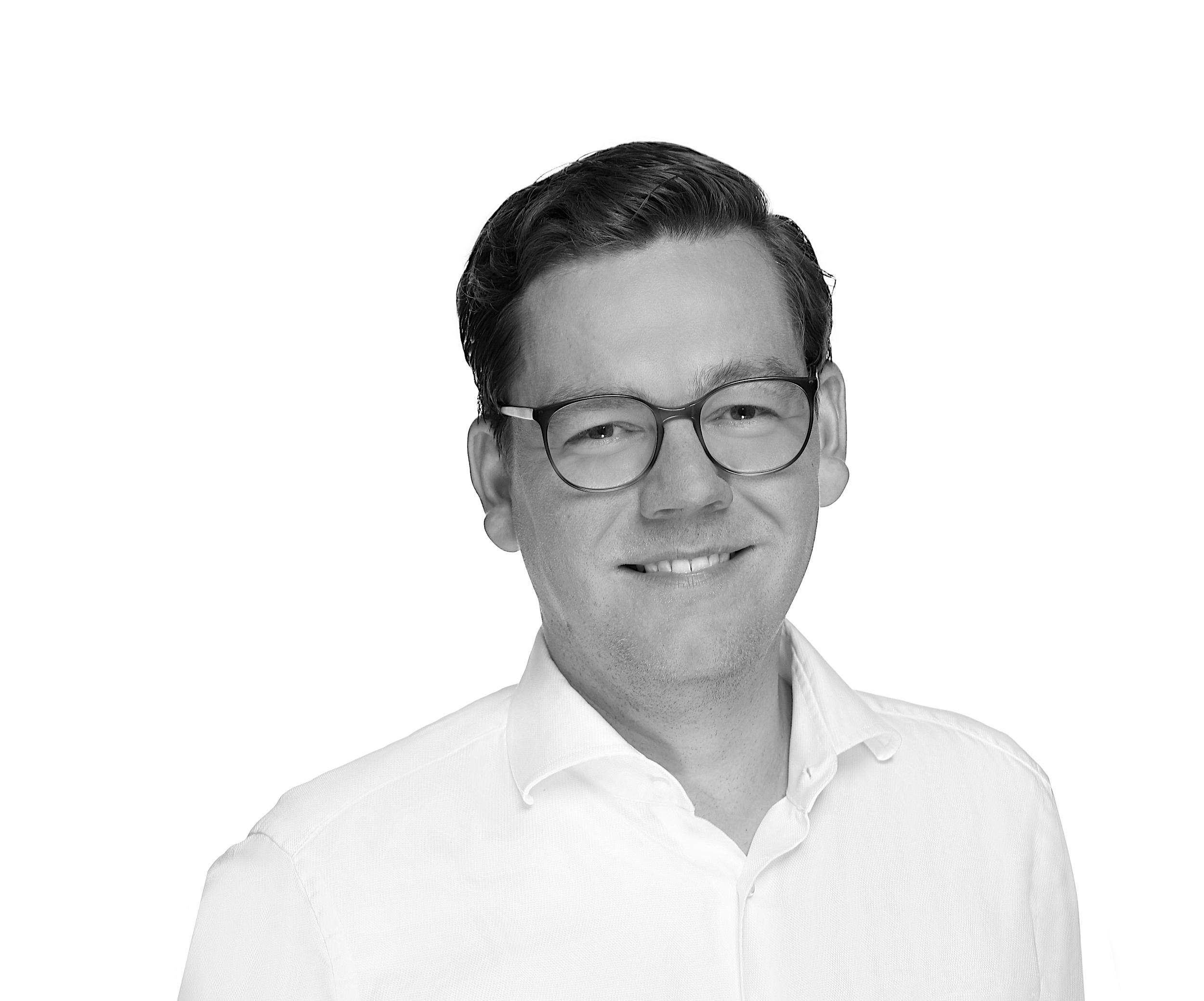Dr. Morten Dibbert