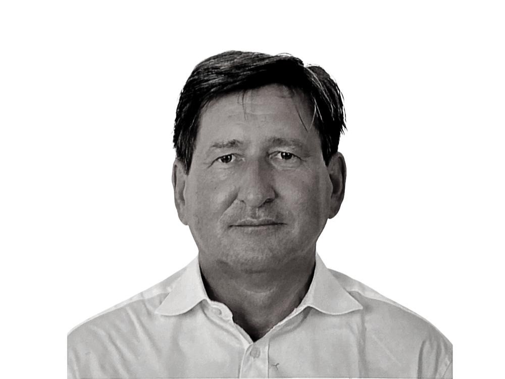 Stefan W. Herzberg